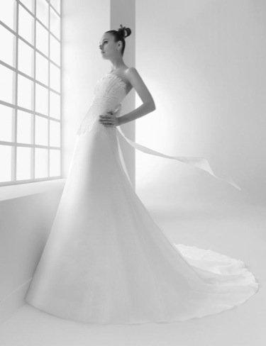Karl Lagerfeld Lily Allen vestido novia Rosa Clara
