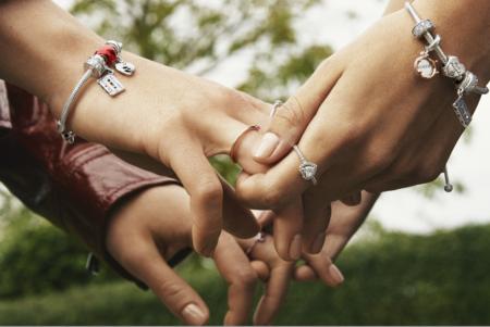 Pandora celebra San Valentín (y el amor) con una gran variedad de preciosas joyitas