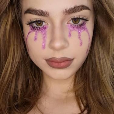 Utilizaremos el maquillaje de purpurina en Carnaval para hacernos lágrimas glitter, palabra de Lucy Boynton y Zendaya