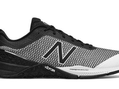 Promoción Wiggle 40% de descuento en New Balance: las zapatillas New Balance MX40 v1  cuestan 62,10 con envío gratis
