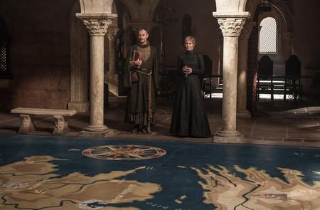 Tycho y Cersei sobre el mapa de Poniente
