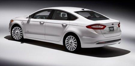 Ford mejorará sus híbridos MY 2013, actualizando los ya vendidos