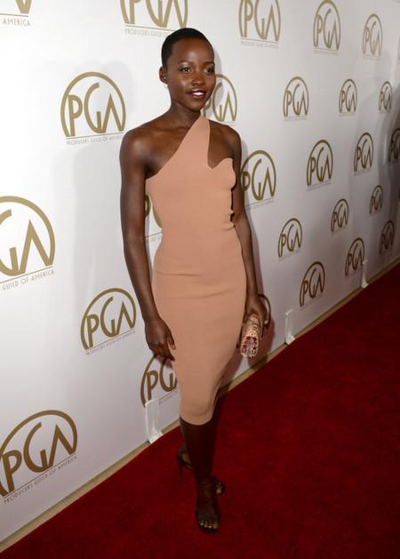 Los mejores looks de Lupita Nyong'o en su camino hacia el Oscar