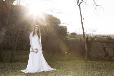 Marta Martí, la diseñadora de vestidos para las novias más bucólicas y románticas del momento