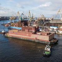 Rusia le muestra al mundo su nueva y enorme planta de energía nuclear flotante