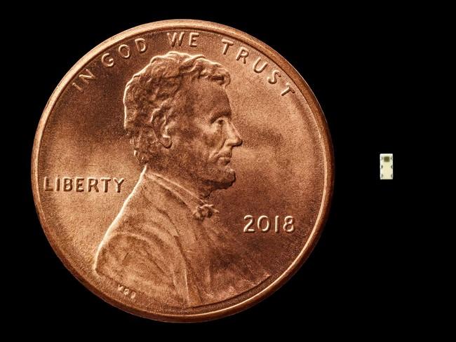 China se infiltró en Apple y Amazon para espiarlas usando un chip diminuto, según Bloomberg