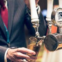 Una startup canadiense elabora la primera cerveza de marihuana del mundo (con THC y sin alcohol)