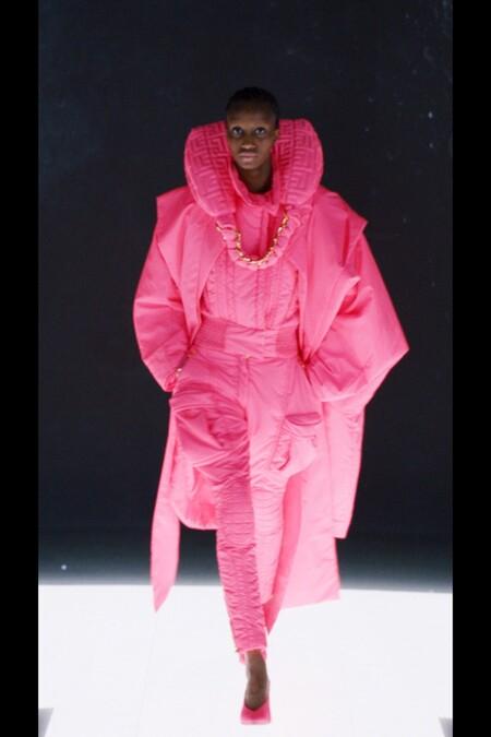 https://www.trendencias.com/shopping/rebajas-cortefiel-11-vestidos-tops-faldas-para-crear-estilismos-bohemios-verano