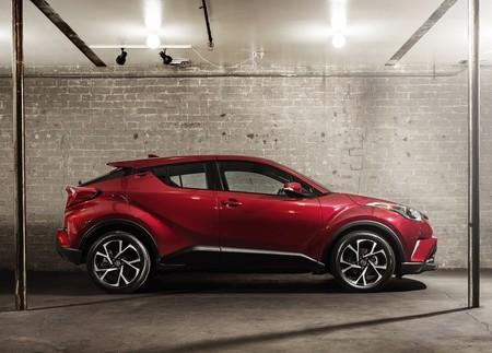 Toyota C Hr Rojo 4