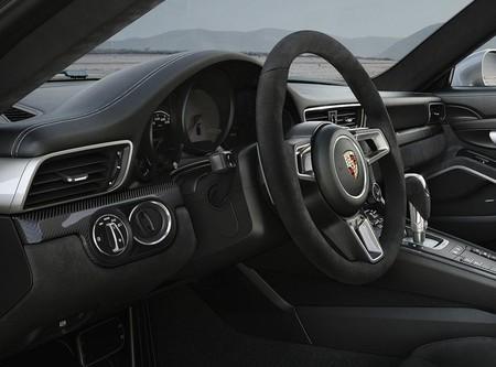 Porsche 911 Gts 2018 1600 17