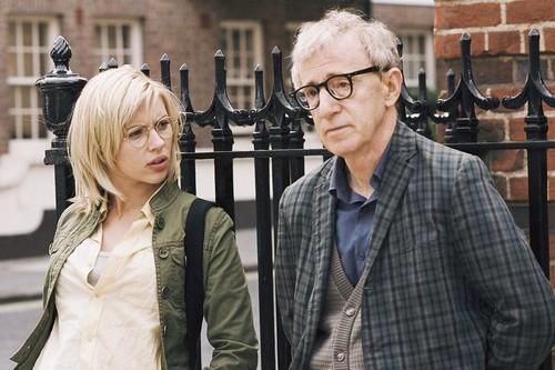 """Woody Allen apoya al #MeToo y cree que debería ser """"el chico del póster"""" del movimiento"""
