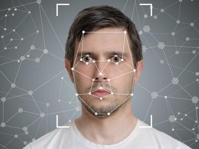 """La vigilancia masiva con reconocimiento facial le """"funciona"""" a Nueva York"""