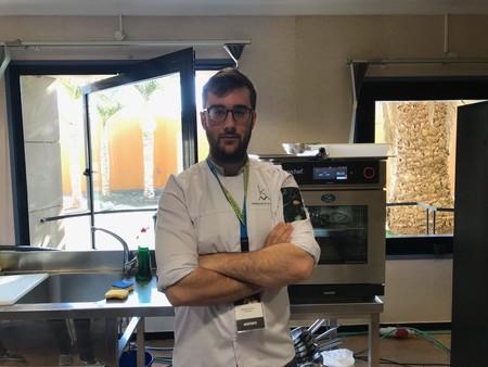 Fernando Alcalá, propietario y jefe de cocina de Kava Marbella