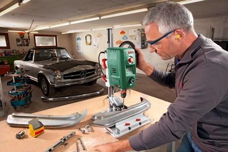 Ofertas en herramientas y bricolaje hoy en Amazon: taladro de columna Bosch, amoladora Ginour y set de brocas Workpro
