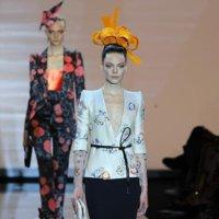 Armani Privé Alta Costura otoño-invierno 2011/2012: lejano y recurrente Oriente