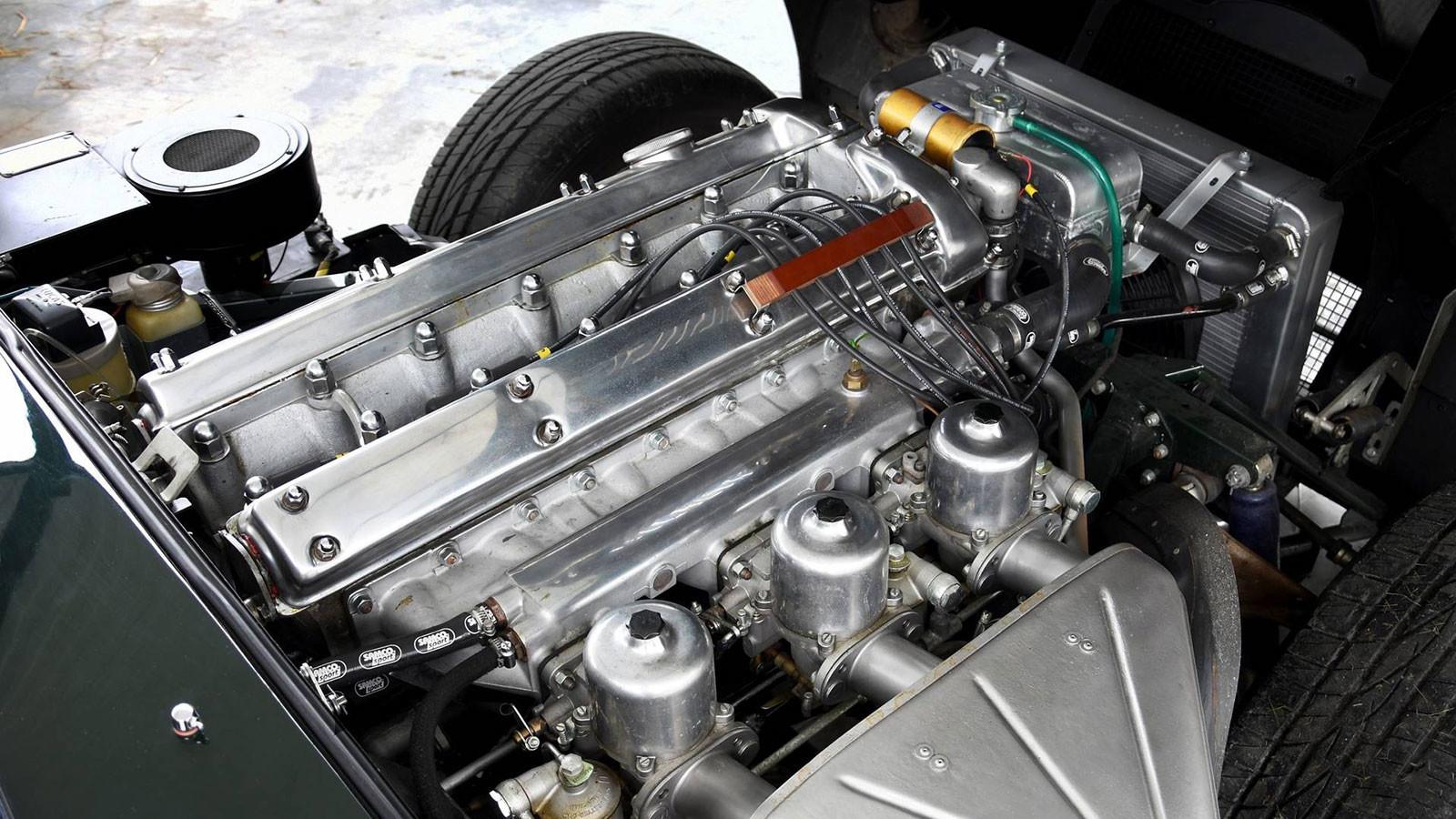 Foto de Jaguar E-Type 4.2 MK.I restaurado (1/10)
