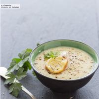 Crema de coliflor con tostas de Gruyère. Receta