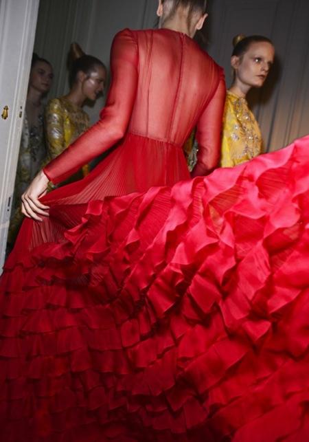 Valentino Alta Costura Otoño-Invierno 2012/2012: sobriedad esplendorosa