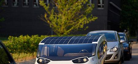 'Stella Vie' quiere poner el ejemplo y demostrar que los coches solares y familiares son el futuro