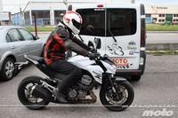 Kawasaki Z800e, prueba (conducción en ciudad y carretera)