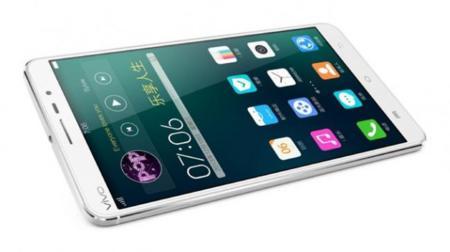 Tres fabricantes de pantallas para smartphones allanan el camino hacia las 4K