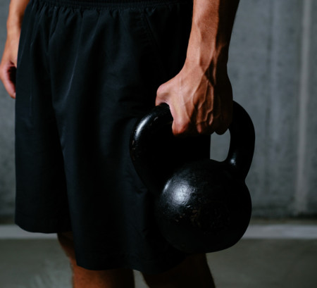 Guía Crossfit (LXV): kettlebell carry