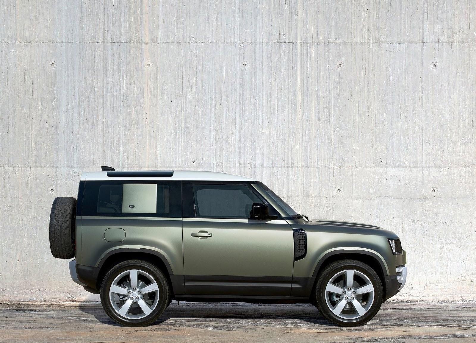 Foto de Land Rover Defender 2020 (24/60)