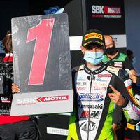 El español Adrián Huertas se proclama campeón del mundo de Supersport 300 en Portimao