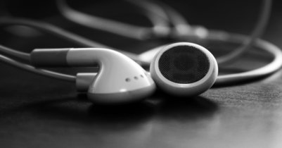 """Apple lanza nuevos anuncios """"Discover"""" de Apple Music presentando a Flo Morrissey, Flying Lotus, Shamir y Leon Bridges"""