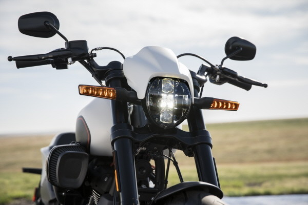 Foto de Harley-Davidson FXDR 114 2019 (9/22)