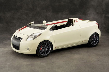 Five Axis Toyota Yaris CLUB, un pequeño Speedster