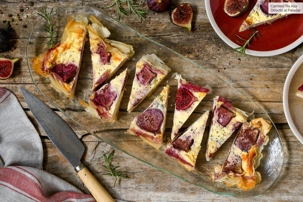 Tarta salada de higos y feta al romero, receta fácil y rápida para un almuerzo ligero (o para la cena)