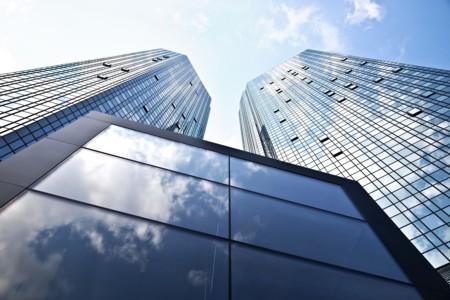 Qué está pasando con Deutsche Bank y por qué tiene asustado a todo el mundo