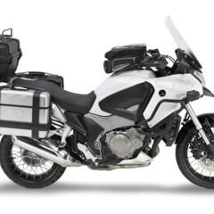 Foto 1 de 13 de la galería givi-viste-la-honda-crosstourer-para-no-volver-nunca-a-casa en Motorpasion Moto