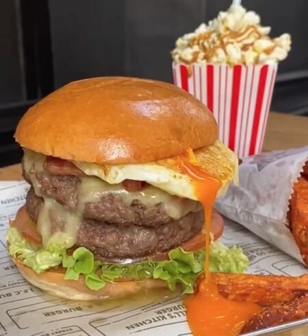 Gordom Ramsey, abre en Chicago su nuevo restaurante de hamburguesas