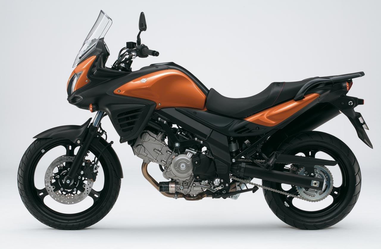 Foto de Suzuki V-Strom 650 2012, fotos de detalles y estudio (8/50)