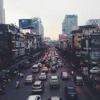 El Gobierno propone prohibir la venta coches diésel, gasolina e híbridos para 2040
