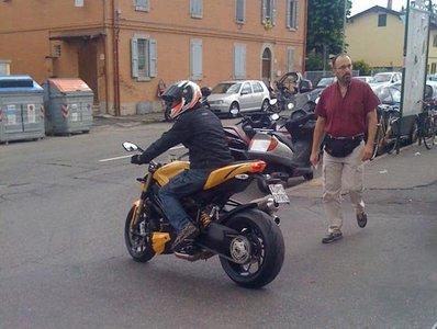 Foto espía de la Ducati Streetfighter 848
