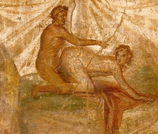 La mejor postura sexual para evitar la espalda