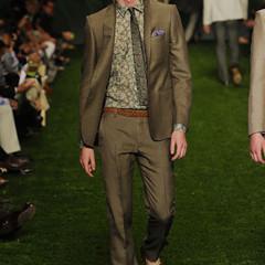 Foto 2 de 10 de la galería etro-primavera-verano-2011-en-la-semana-de-la-moda-de-milan en Trendencias Hombre