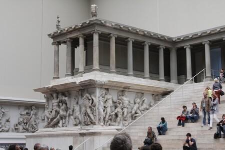 Alguien ha atacado 70 antigüedades de la Isla de los Museos de Berlín. Eran objetivo de los conspiranoicos