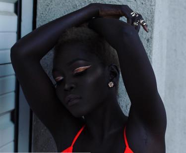 Nyakim Gatwech es «la reina de la oscuridad», y el color de su piel es su gran motivo de orgullo