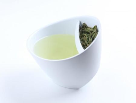 Magisso, una taza de té con el filtro incorporado