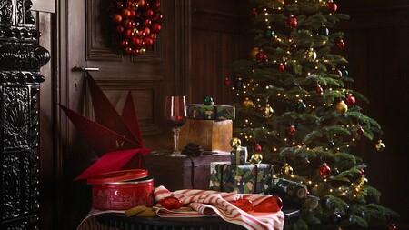 Minimalista, clásico o de inspiración eco: cómo elegir (y decorar) tu árbol de Navidad ideal