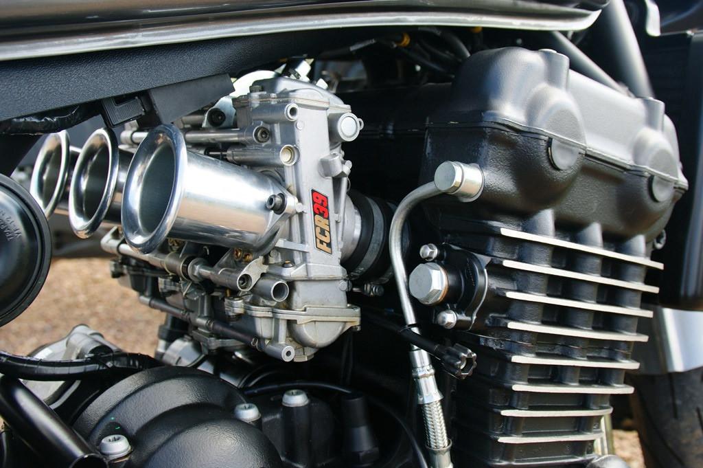 Sistema de alimentacion de combustible por carburador