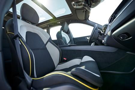 Volvo Utilizara Piezas Con Materiales Reciclados 2