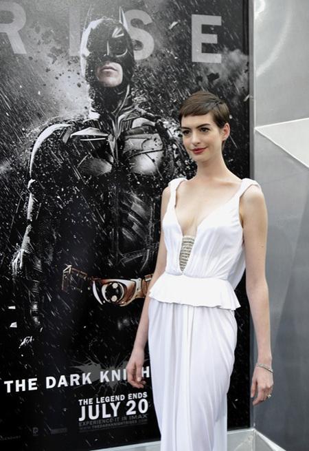 Anne Hathaway cambio de look