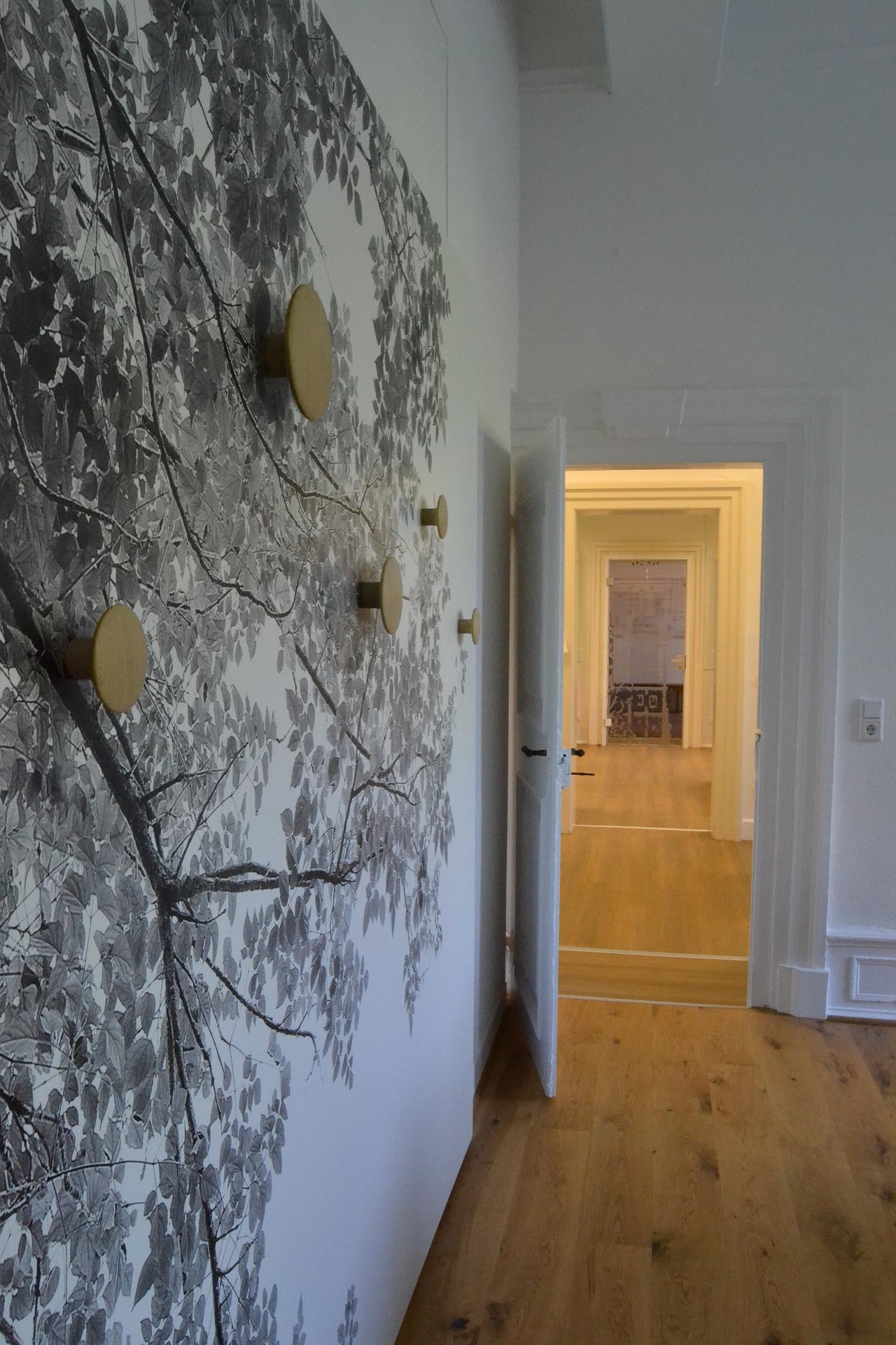 C mo combinar y contrastar paredes puertas suelos y for Colores para pintar puertas de interior
