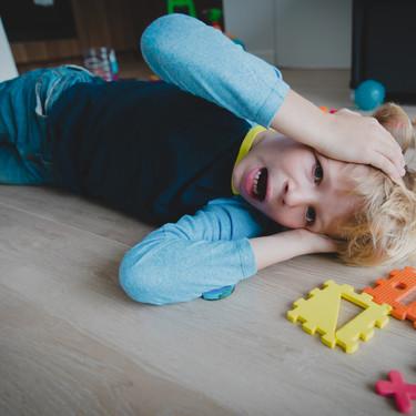 """""""Mi hijo pequeño se autolesiona cuando se enfada"""": qué hacer (y que no) ante este comportamiento en niños en edad preescolar"""