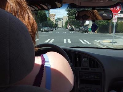 Viajando en coche durante el embarazo: haz paradas frecuentes
